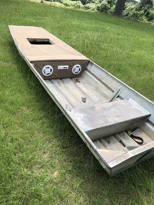 14ft Jon boat for Sale in Bastrop, TX