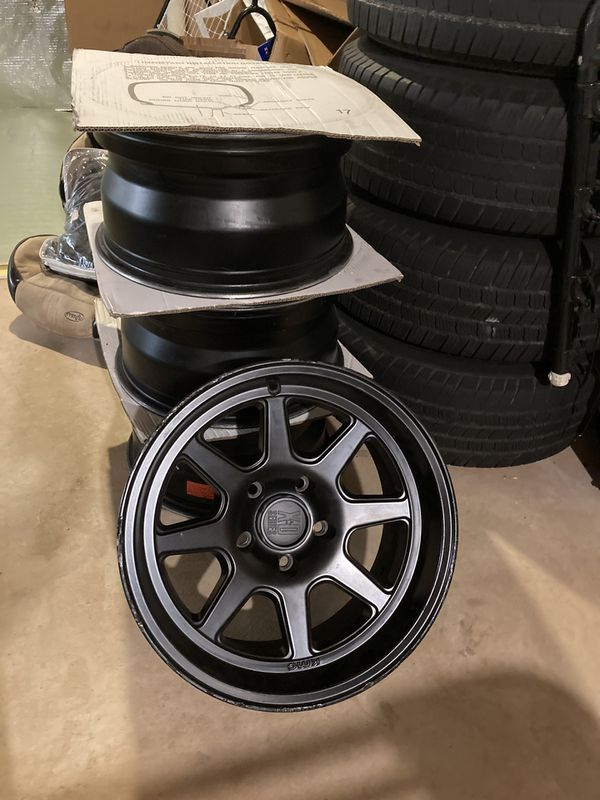 KMC wheels for Jeep Gladiator 17x9