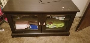 Small Tv stand for Sale in Woodville, CA