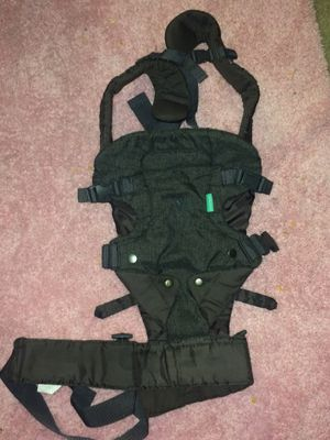 Infantino Baby Carrier for Sale in Greensboro, NC