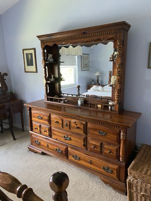 Bedroom set for sell for Sale in Boynton Beach, FL