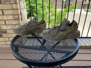 Nike Huarache 9 1/2 for Sale in Fort Worth, TX