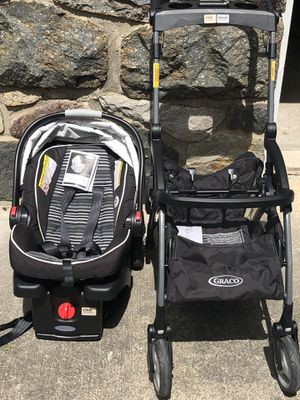 Graco Snug Ride Click Connect Car Seat, Base, and Stroller for Sale in Pen Argyl, PA