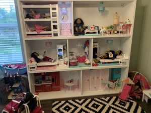 Doll house for 18inch dolls for Sale in Estero, FL