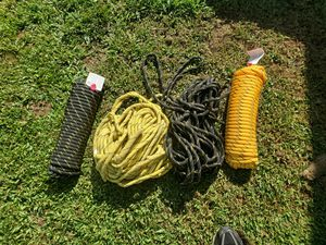 Everlast diamond braid rope (poly)1/2x 100' for Sale in Shipman, VA