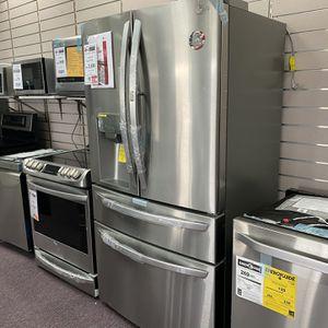 Refrigerator Stove Dishwasher Microwave for Sale in Fort Lauderdale, FL