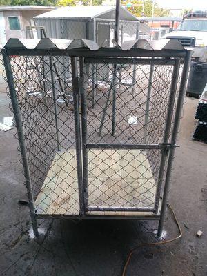 3x3 dog kennel for Sale in Miami, FL