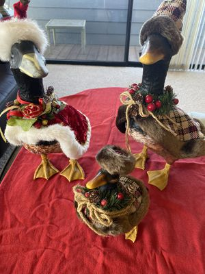 Noel Holiday Duck Family Set of 3 for Sale in Morro Bay, CA