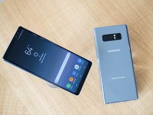 Samsung Note 8 UNLOCKED & in very good condition for Sale in Washington, DC