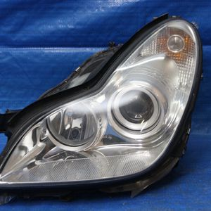 2006-2010 Mercedes Benz Cls Cls550 W219 Hid Headlight Compete Oem for Sale in Hollywood, FL