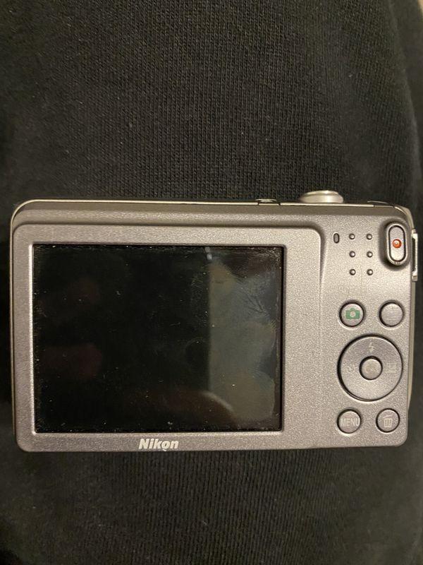 Nikon Cool pix S3700