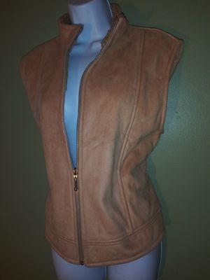Country co Fur Vest for Sale in Detroit, MI