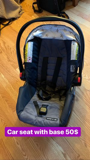 Car seat with base for Sale in Columbus, OH