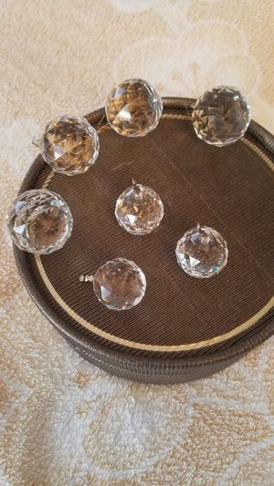 Cristal chandelier balls. 39 big clear+ 9 small clear. Buy as many as needed. Shipping price depends on amount of pieces purchased. for Sale in Brooklyn, NY