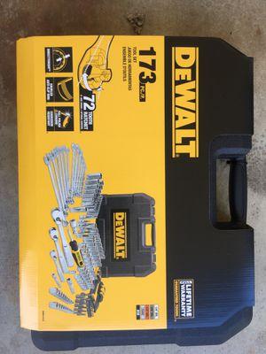 Dewalt 173 pc tool set for Sale in Fremont, CA