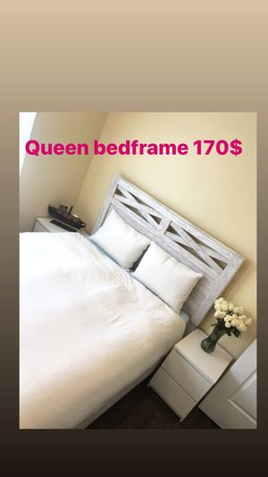 Queen bed frame for Sale in Sacramento, CA