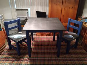 chalkboard top Kids toddler table two chairs for Sale in Orlando, FL