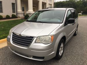 2008 Chrysler Town and Country LX Minivan for Sale in Woodbridge, VA