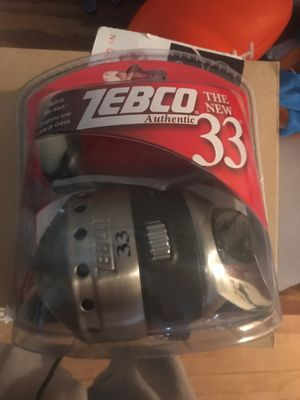 Zebco 33 fishing reel for Sale in Chicago, IL