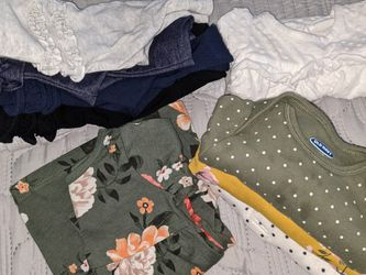 Old navy baby Girl Clothes - 3 Months for Sale in San Mateo,  CA