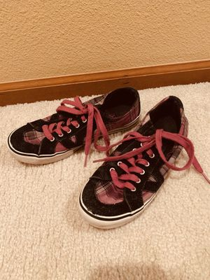 VANS women's shoes size 6 for Sale in Snohomish, WA