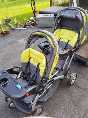 Sit N Stand Double Stroller for Sale in Lakeville, MN