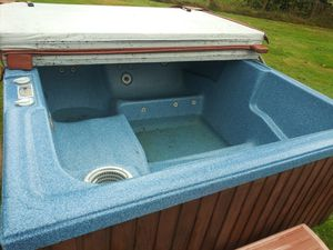 Hot tub for Sale in Olympia, WA