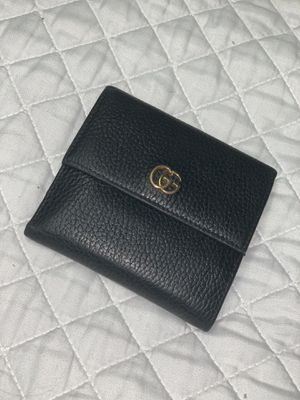 Gucci Marmont Wallet for Sale in Irvine, CA