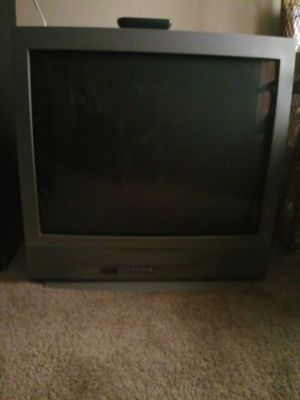 Color tv with remote. Works good. for Sale in Arlington, TX