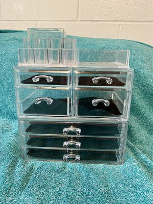 3-tier Clear Plastic Makeup Organizer with Drawers and Makeup Applicator/Blending Wedges for Sale in Ithaca, NY