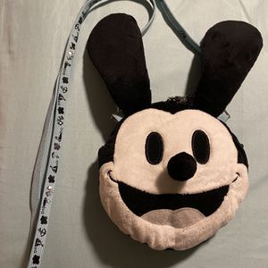 Oswald Purse for Sale in Garden Grove, CA