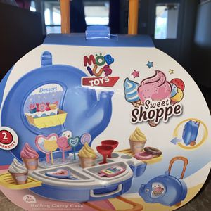 Ice Cream Play Set Toy Brand New for Sale in Fort Worth, TX