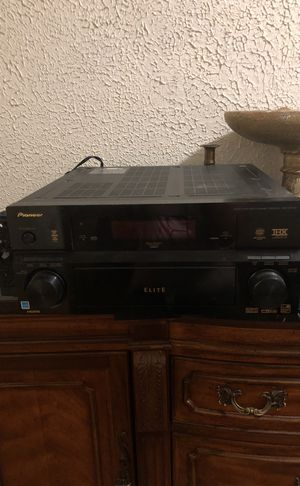 Pioneer Elite Audio/Video channel receiver for Sale in Pittsburgh, PA