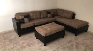Light brown Sectional Sofa with Reversible Chaise!! Brand New Free Delivery for Sale in Chicago, IL
