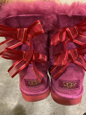 Ugg boots girls size 10 for Sale in North Bergen, NJ