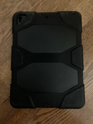 iPad Pro 10.5 Heavy Duty Case for Sale in Pittsburgh, PA