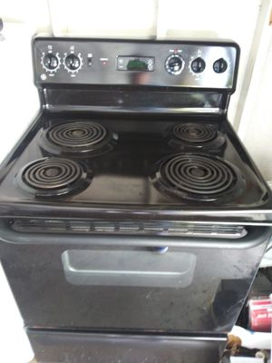 An electric stove/oven for Sale in Mableton, GA