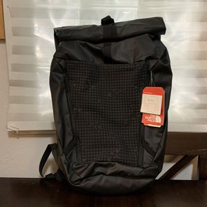 North Face Backpack (GNOMAD - TNF BLACK) for Sale in Millbrae, CA