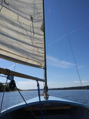 Wd shock 14 ft sailboat for Sale in Portland, OR