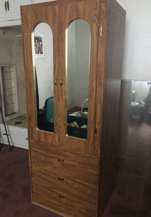 Small armoire/dresser for Sale in Whittier, CA