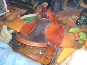 Dakota horse saddle for Sale in Belle, MO