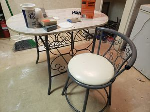 Small kitchen table with 1 chair.. for Sale in Keller, TX