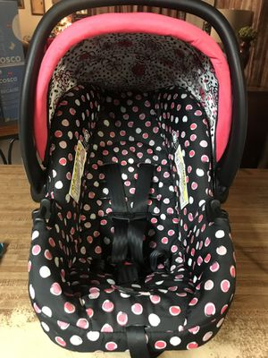 Minnie Mouse car seats for Sale in Visalia, CA