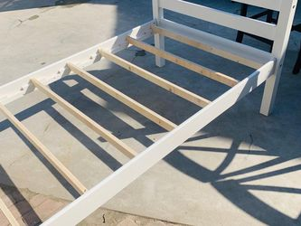 Bed Twin Frame for Sale in Fresno,  CA