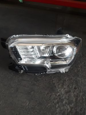 Toyota Tocoma headlamp driver side left side for Sale in San Diego, CA