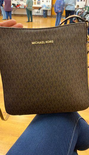 Michael Kor Large Messenger bag for Sale in Clovis, CA