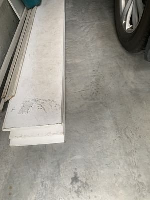 FREE WHITE WOOD BOARDS. GOOD LONG SIZES. for Sale in Fall River, MA