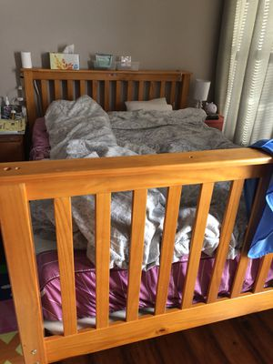 Wood full size bed frame for Sale in Lexington, KY