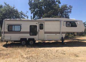 1987 Alpen 5th wheel rv for Sale in Fresno, CA
