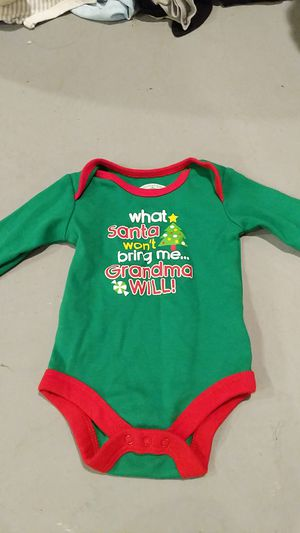 0-3 month long sleeve onesie for Sale in Hazelwood, MO